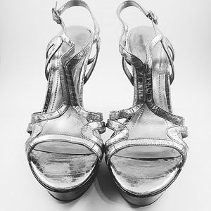 BCBGeneration Silver Leather Platform Heels 7.5